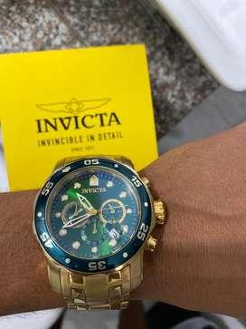 Reloj invicta original dorado con verde esmeralda