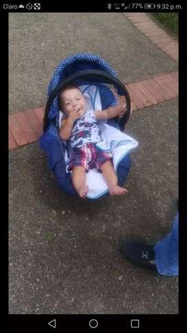 Se vende mesedora para niño en buen estado
