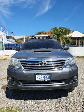 TOYOTA FORTUNER 2012 FULL AUTOMATICA