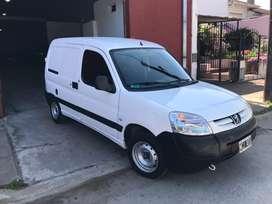 Vendo Peugeot Partner 2013 GNC