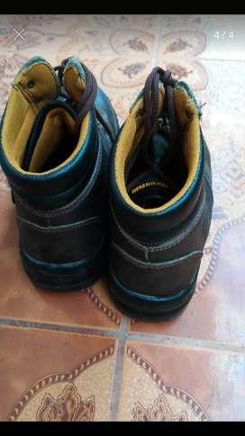 Botas punta de acero Montain