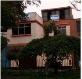 PARA INVERSIONISTAS, REMATO CASA  DE 3 PISOS FRENTE A  POR CUARENTENA 148MT2  A $ 173,400 SAN JUAN DE MIRAFLORES