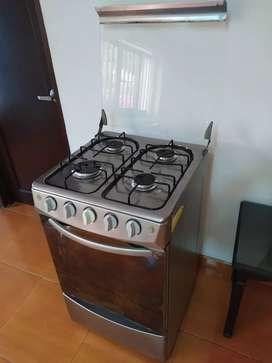 Estufa con horno $300.000