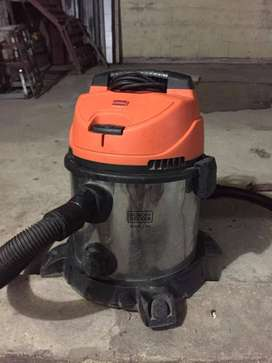 VENDO ASPIRADORA Black & Decker