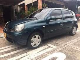 Renault Clio 1.4 Expression 2004