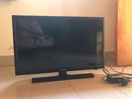 Tv de 24 sangsum c control