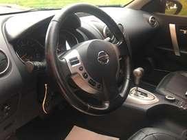 Espectacular oportunidad Nissan QashQai 4X4 automática, segundo dueño, muy poco kilometraje y en perfecto estado.