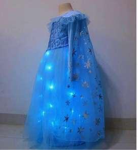 Disfraz de Elsa con luces led, talla 6-7, Nuevo