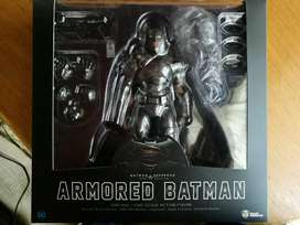 Figura Batman Armored DAH-004 Beast Kingdom