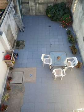 Arroyito, interno a la venta con gran patio