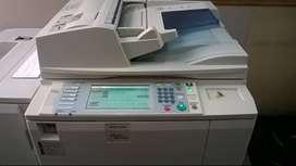 Fotocopiadora Ricoh mp 8000