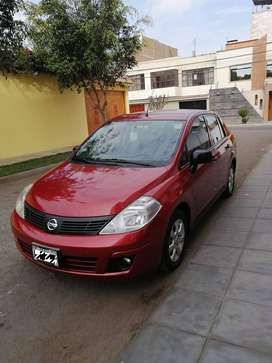 Nissan Full Equipo impecable 2016