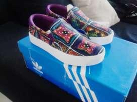 Vendo Adidas Originals