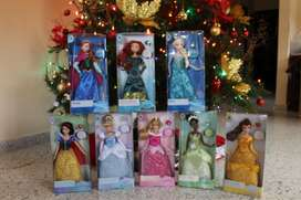 Classic Disney Dolls With Ring