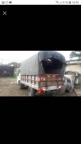 Se vende camión chevrolet  nhr 2011