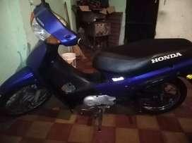 Vendo moto Honda Biz 105