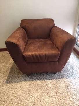 Poltrona - sillón café comodo y en perfectas condiciones