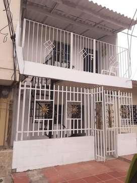 Se vende casa barrio soledad, casa de 2 apartamentos