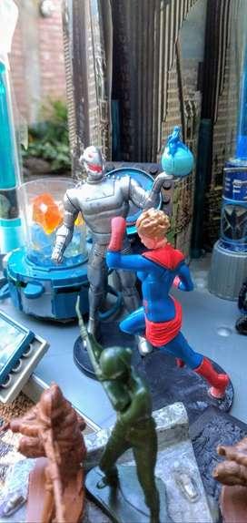 Oportunidad!!! Ultron y Capitana Marvel a solo
