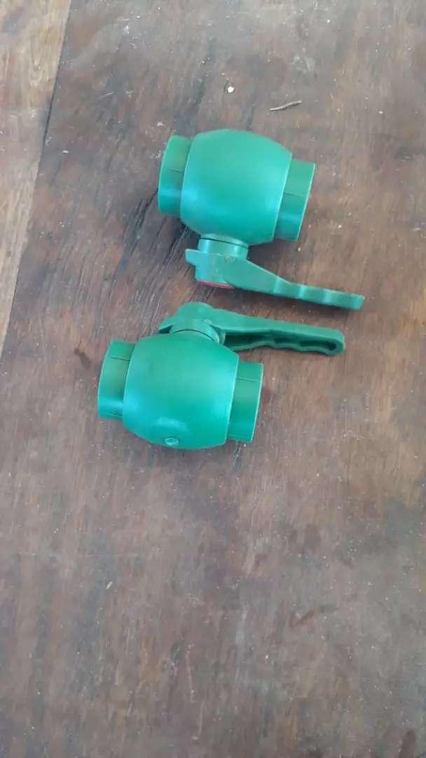 Vendo canillas de corte de agua 0