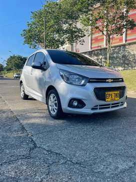 Vendo Chevrolet Spark Gt Ltz  full 2019