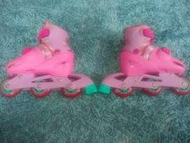 Vendo Patines Barbie con Protección