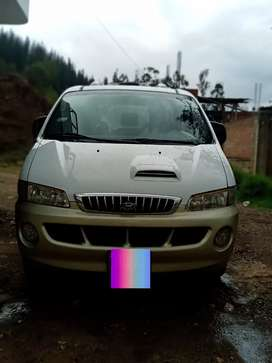 Venta de Hyundai Starex Full.