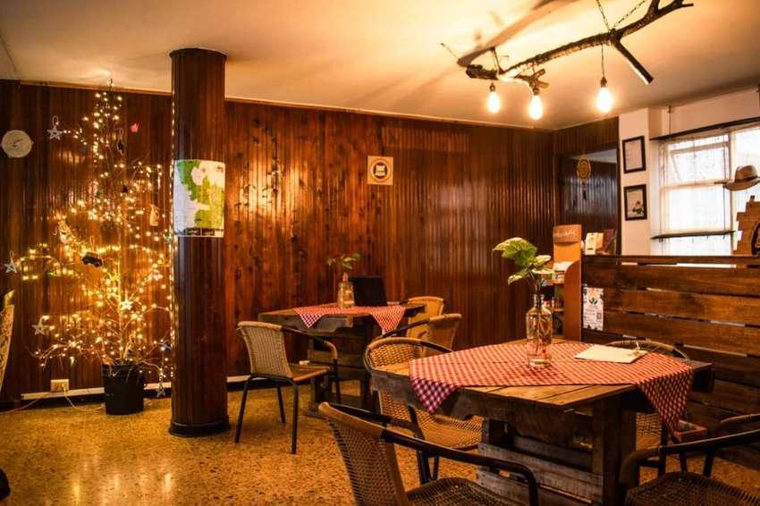 SE VENDE Hostal de 4 pisos con capacidad para 32 personas + Montaje de Café ; centro de Pereira, cerca al parque Bolivar 0
