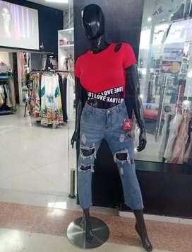 Busco vendedora de ropa con experiencia