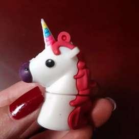 USB unicornio
