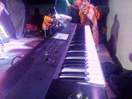 Teclado sintetizador Korg Krome 71
