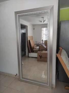Espejo de 2 mt x 1 Mt con 3 Marcos