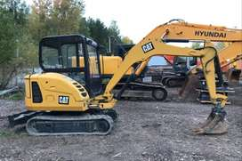 CAT 302.5C Año:2014 Horas:3500 $226.000 mini excavadora oruga