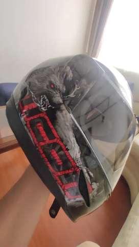 Vendo casco icon thirller talla M NUEVO