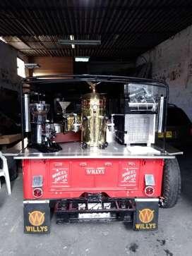 Construcción de montaje en campero para venta de café