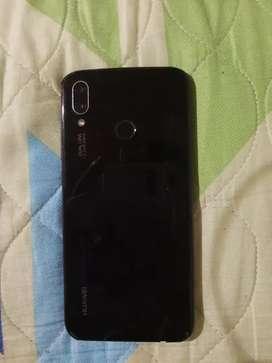 Celular Huawei P20 lite con cargador