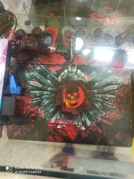 Se vende Playstation 3+ 2 controles +disco duro con juegos