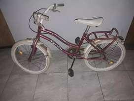Vendo bicicleta  de nena