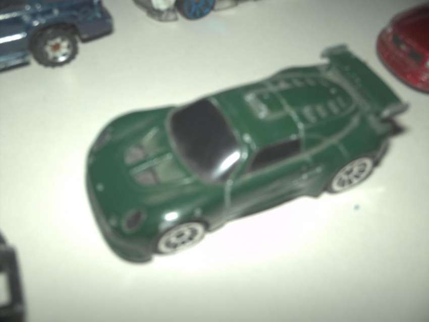 Autito escala 1 a 72 Hot Wheels (p62) 0