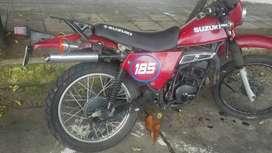motocicleta suzuky TS 185 cross modelo 1995