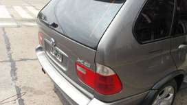 BMW X5 MOD 2006 v8 4.8 is