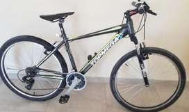 Bicicleta Top Mega R26 (4 meses de uso)