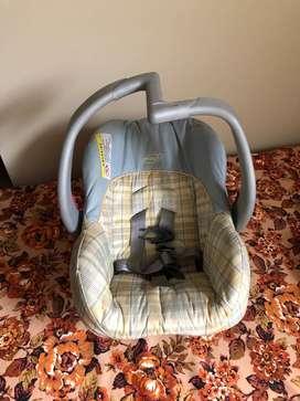 Silla asiento de auto para Bebé Marca: Evenflo
