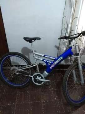 Vendo bicicleta semi nueva, buen estado