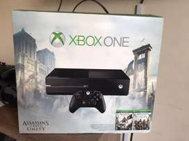 Consola Xbox One 500GB + 2 Controles + Audifonos + 5 juegos