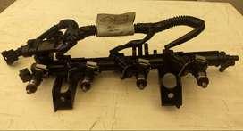 Rampa de inyectores, cableado, fichas e inyectores de Clio 2