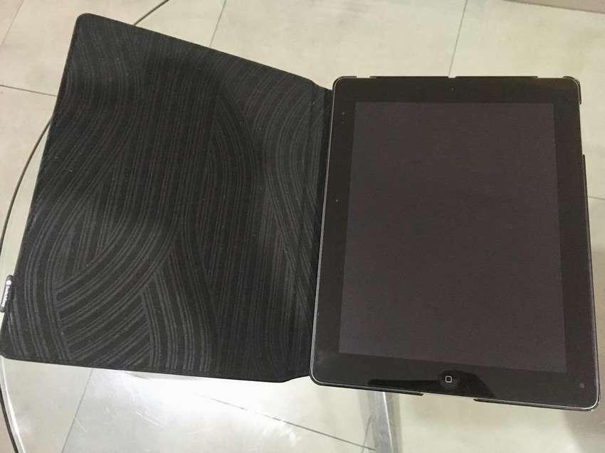 iPad 32Gb Wi-Fi Celular (Protect Retina) 0