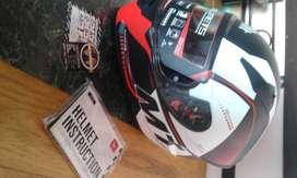casco de moto mt helmets talle L