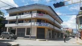 Venta de local comercial en una esquina - Rioja