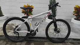 Bicicleta GW piraña